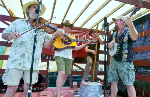 Bluegrass, wine make a good combo at Red Heifer Winery